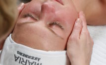 Ansiktsbehandling